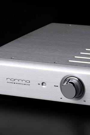 Norma_IPA-70B